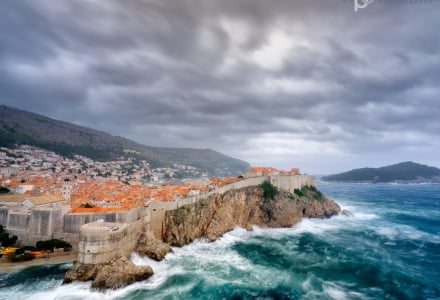 Mark Bauer Photography | Stormy Sea, the City Wall, Dubrovnik