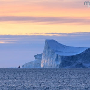 Mark Bauer Photography | Icebergs at sunset, Disko Bay
