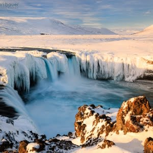 Mark Bauer Photography | Winter afternoon, Godafoss