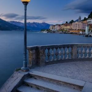 Mark Bauer Photography | Blue Hour, Bellagio, Lake Como