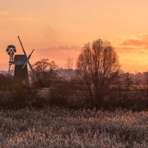 Mark Bauer Photography | Winter sunset, How Hill, Norfolk